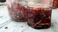 Hibiscus Petals in Almond Oil