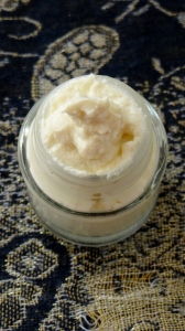 DIY Whipped Moisturizing Conditioning Butter